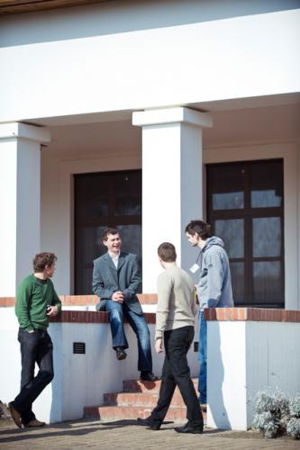2010-03-19_haza-a-magasban-az ujrakezdes-dilemmai-sarlopuszta_023